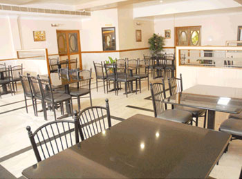 authentic vegetarian multi cuisine restaurant in nagercoil